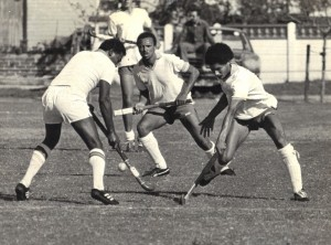 Stanley Brickwa, Leon Pietersen