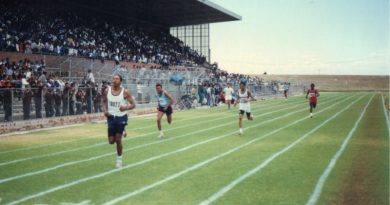 Rhoode thrills at schools' meeting with a record-breaking run in the 400m